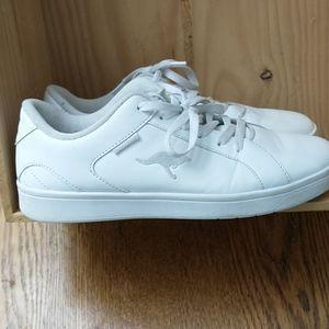 Women's 10 (Men8) White Kangas/kangaROOS Shoes
